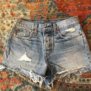 Levi 501 high wasted shorts